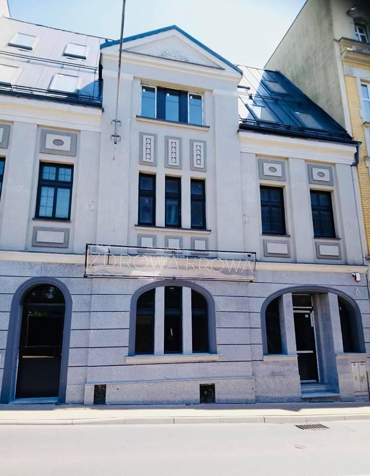 Zdrowa Krowa Opole, Rynek 15